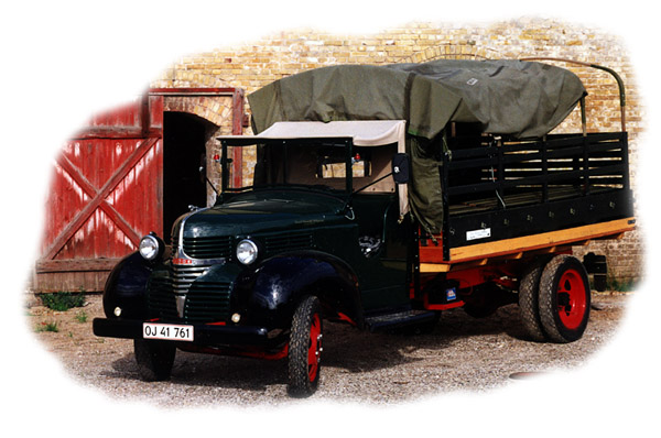 Commercials - lastbiler, brandbiler m.v. Dansk Veteranbil Udlejning